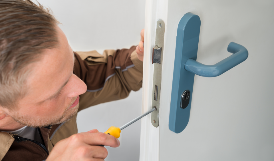 the locksmith and feel confidence to recommend this service to others.