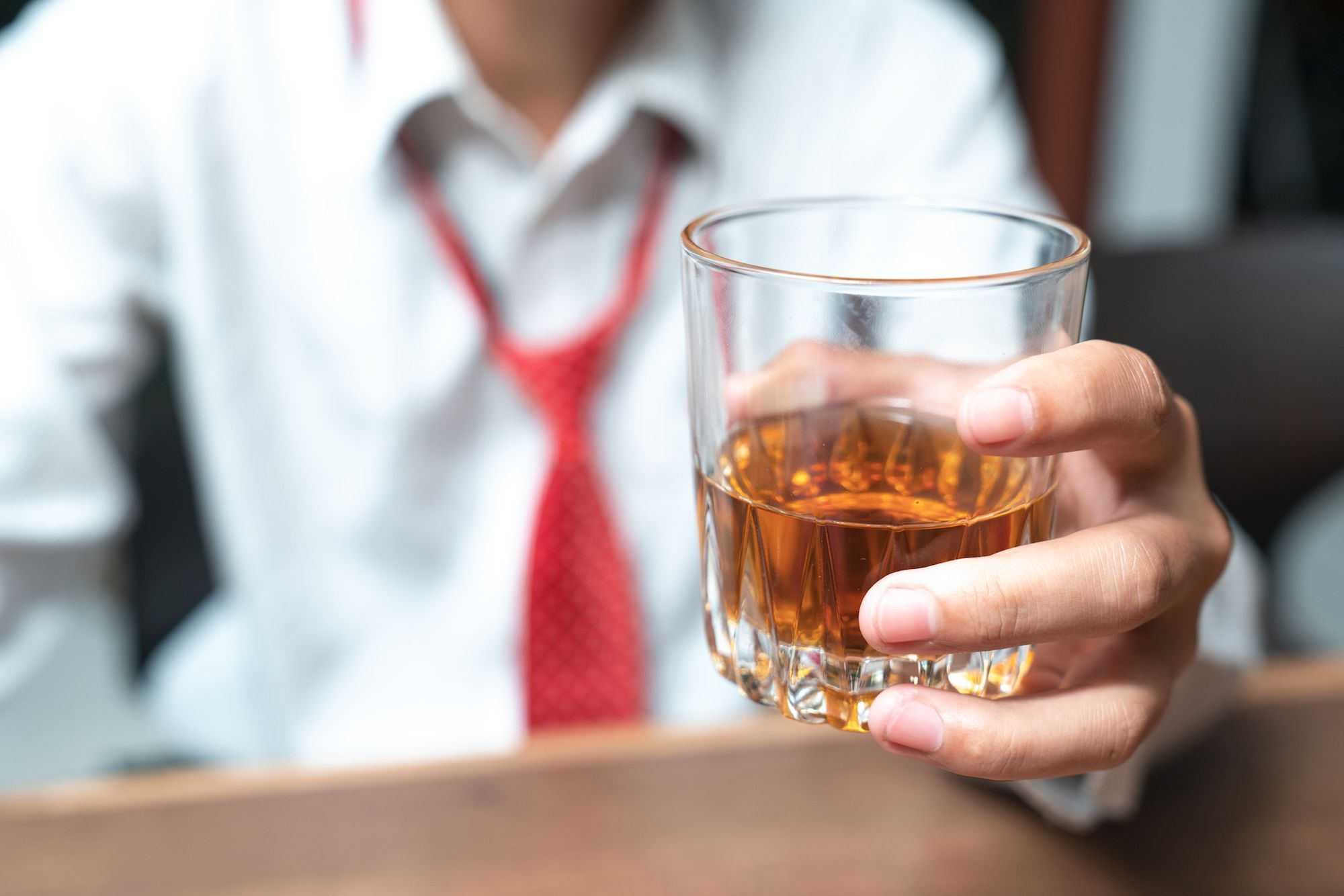 Things to consider before buying alcohol online